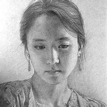 素描头像年轻女性的刻画