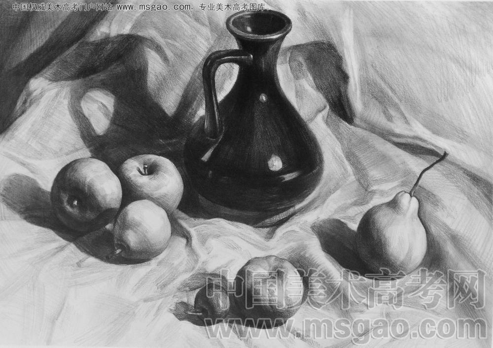 素描由鼬瓶与水果组成的一组静物