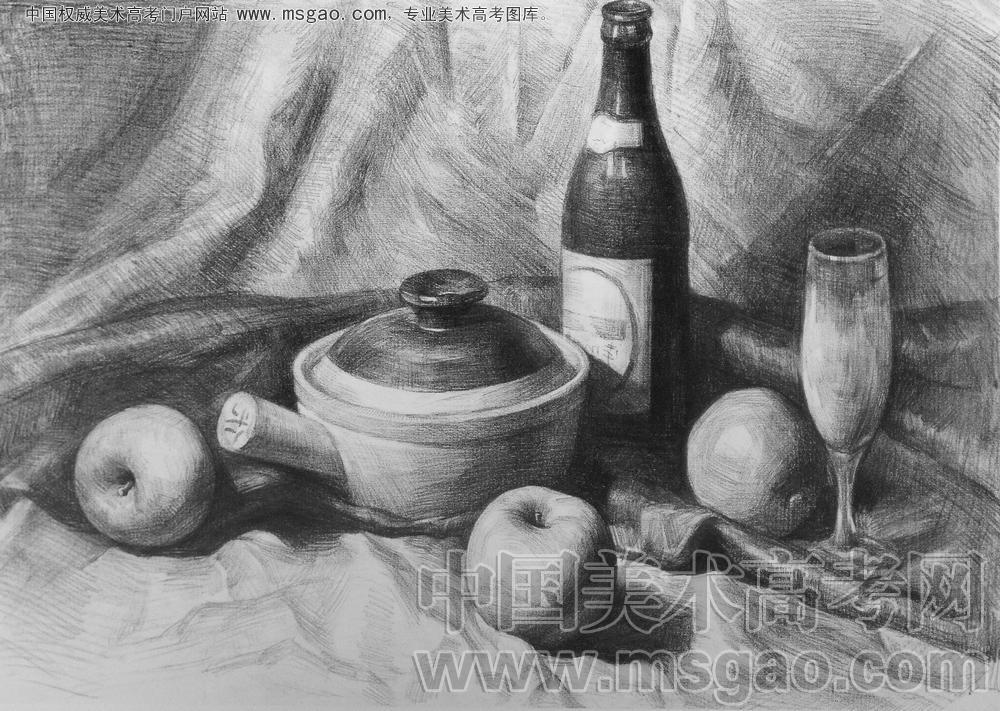 素描砂锅酒瓶,水果,高脚杯加衬布